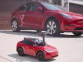 Elon Musk: Încercăm să producem mașini reale folosind tehnologia mașinilor de joacă