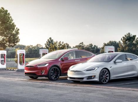 Tesla își modernizează rețeaua de stații rapide Supercharger la 300 kW