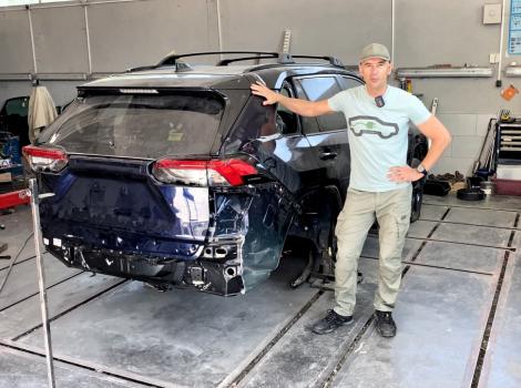 Cum să aduci o mașină accidentată cu baterie din SUA și să o restaurezi în Moldova