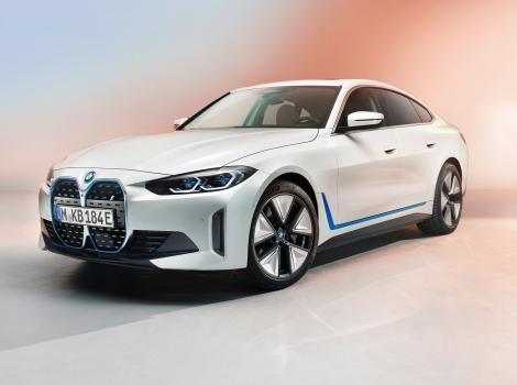 BMW a declarat că până în 2030 vehiculele electrice vor reprezenta jumătate din toate vânzările sale