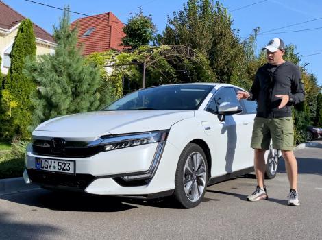 Вот это нормальный плагин: Honda Clarity, запас хода 100 км!
