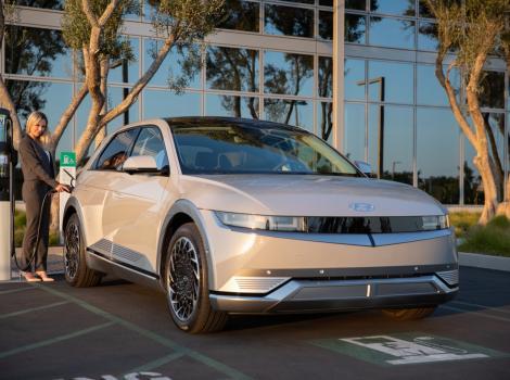 Hyundai Ioniq 5: autonomie 480 km și încărcare rapidă în 18 minute
