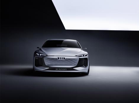 Conceptul electric Audi A6 E-Tron
